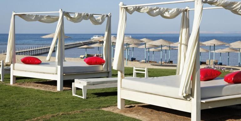 Sunny-Beach-the-beach